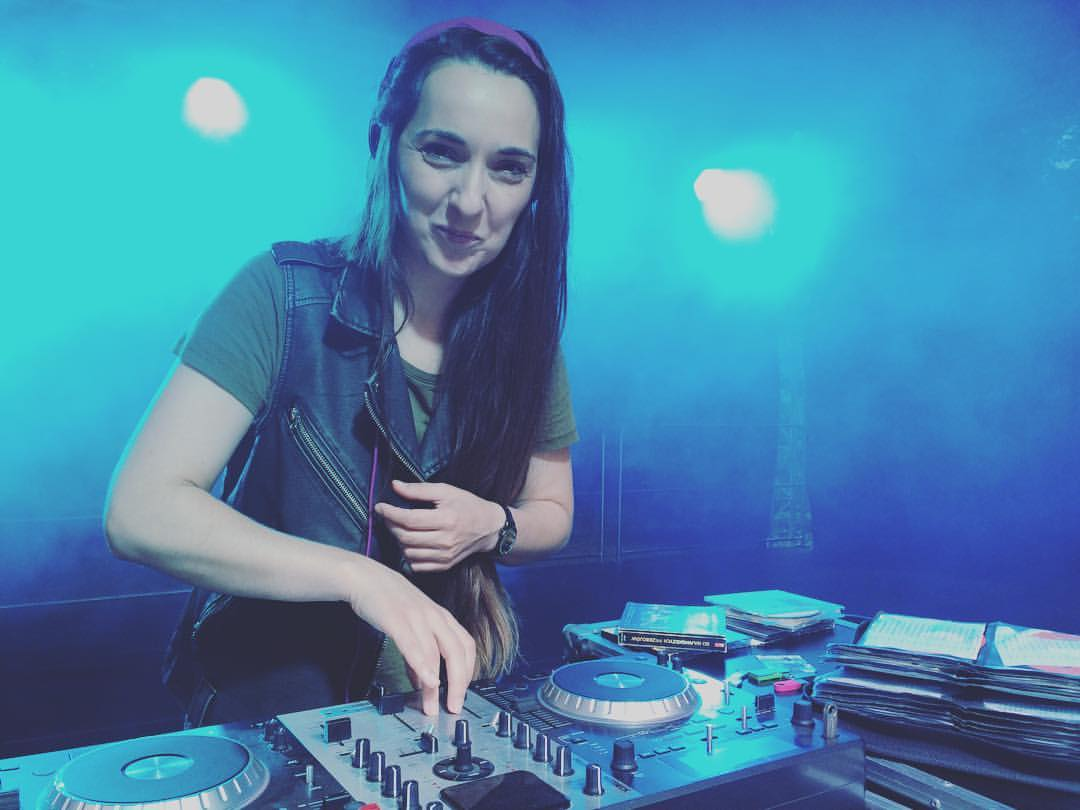 Jaka piosenka na Pierwszy Taniec? DJ na wesele bez disco polo!
